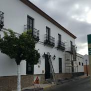 REHABILITACIONES DE FACHADAS: TRABAJOS DE ARPE PINTURA DE ALTURA - REPARACIÓN DE FACHADA BAR RUFINO